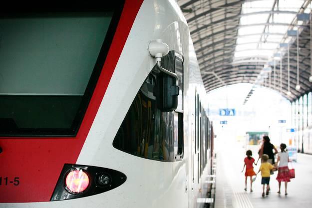 In Luzern stieg der cholerisch wirkende Mann in die S-Bahn.