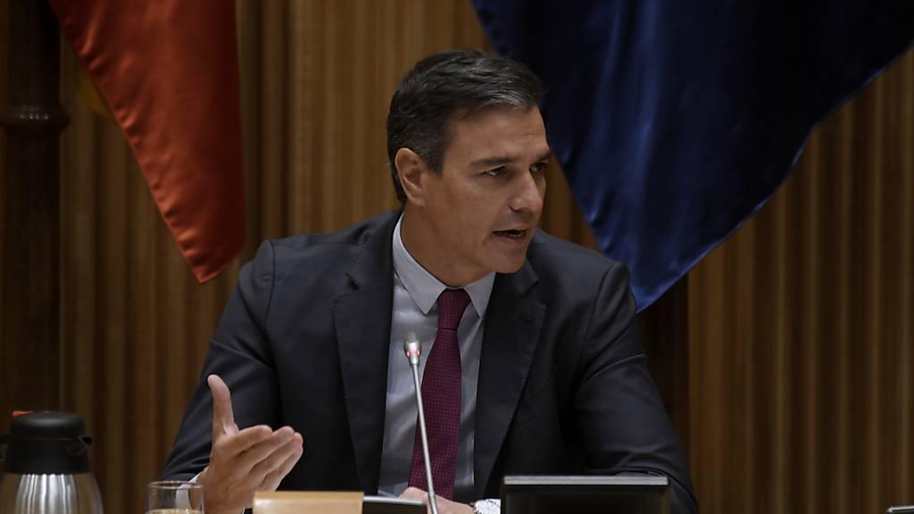 Sánchez verspricht härteres Vorgehen bei Angriffen auf Homosexuelle