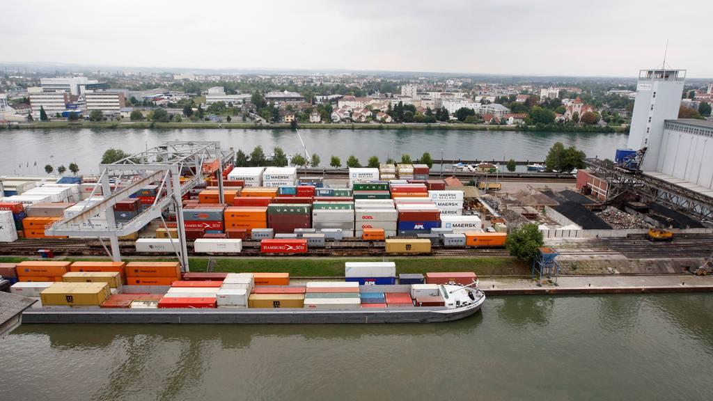 Bundesrat will Gütertransport auf dem Rhein fördern