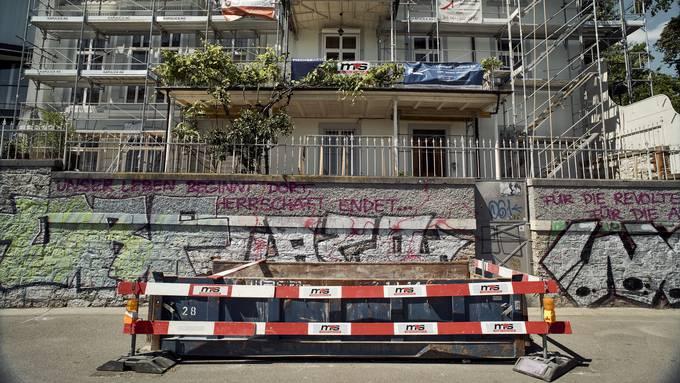 Aufwertung und Protest: In der Stadt Basel stehen diese Gegensätze oft nahe beieinander.