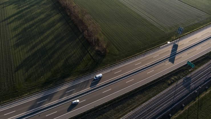 Blick auf die Autobahn A3 zur morgendlichen Hauptverkehrszeit Mitte dieser Woche.