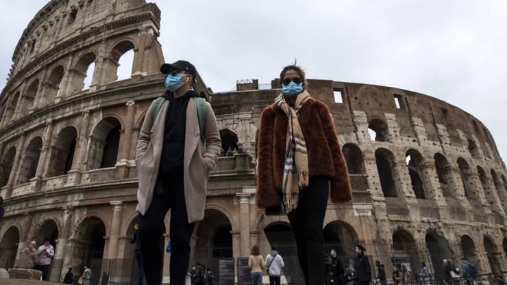 Düstere Zukunft für italienischen Tourismus-Sektor wegen des Coronavirus - die Chinesen bleiben aus (im Bild: il Colosseo di Roma).