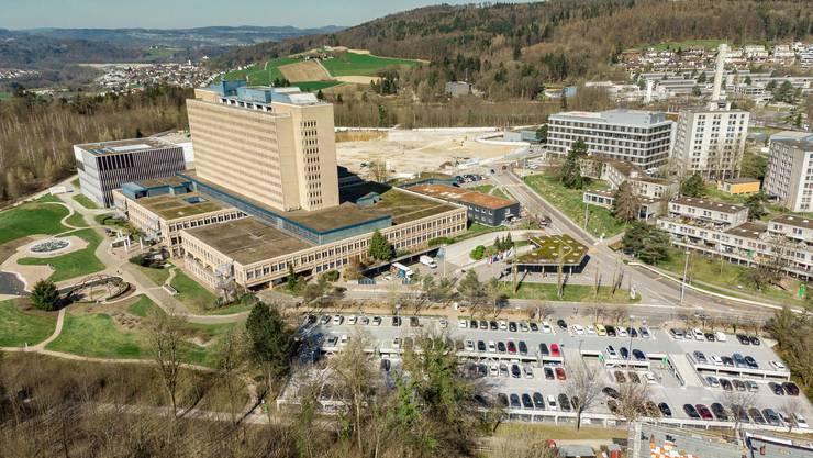 Wie ein Stadtteil für sich: Das Kantonsspital Baden.