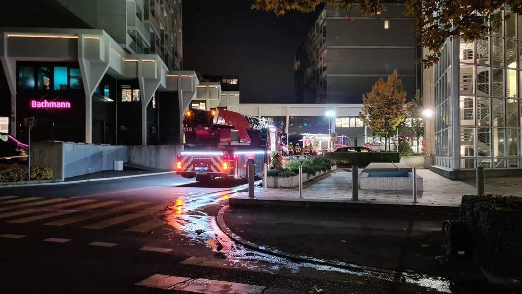 Nach Rauchentwicklung bei «Bachmann»: Feuerwehr zieht sich wieder zurück
