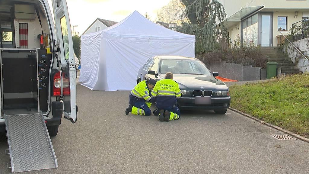 Tödlicher Unfall: 93-jähriger Autofahrer übersieht Seniorin