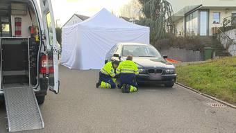 Tödlicher Unfall: 93-jähriger Autofahrer übersieht Seniorin.