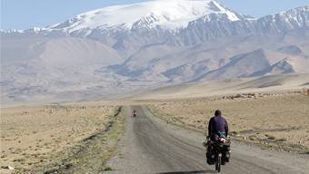 Eine Route auf der Seidenstrasse: Die Schönheit Tadschikistans lässt Outdoor-Sportler schwärmen.Shutterstock