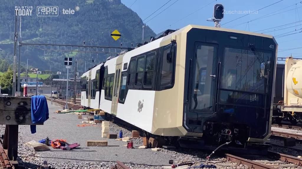 Neue Rigi-Bahn bei Anlieferung entgleist