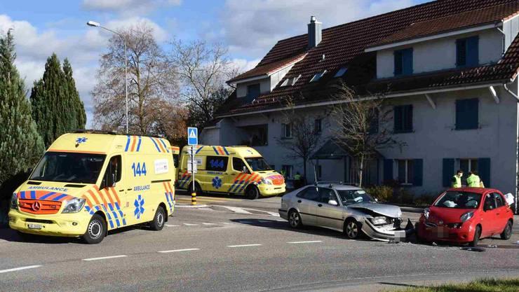 In Fulebach verletzten sich zwei Personen bei einem Unfall.