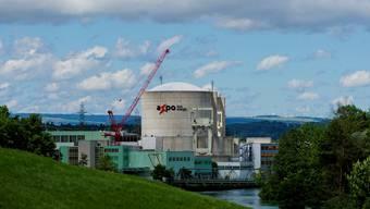 Das Kernkraftwerk Beznau rüstet nach für mehr Sicherheit gegen Hochwasser. (Archiv)