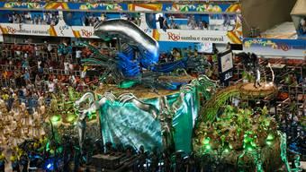 Sambaschule wählt Schweiz als Motto für Karneval in Rio