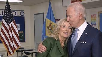 Jill (l) mit Ehemann Joe Biden: Sie ist das «Rückgrat» der Familie.