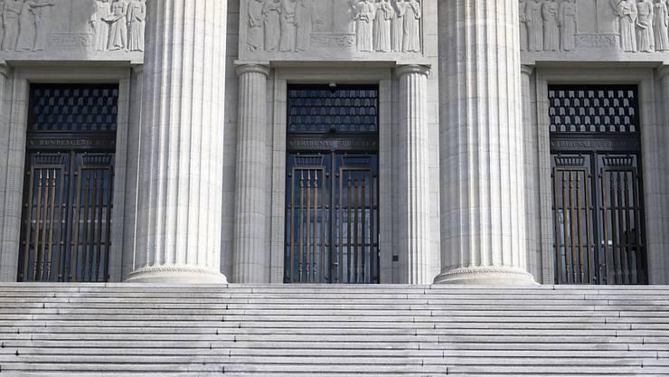 Das Bundesgericht hat einen Arzt vom Vorwurf der fahrlässigen Tötung freigesprochen. (Archivfoto)