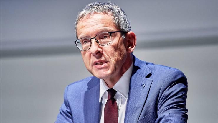 1. April: Landammann Markus Dieth erholt sich allmählich, Regierungsrat Hofmann leidet weiterhin unter hartnäckigen Symptomen.