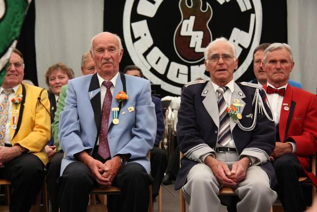 Die beiden CISM-Veteranen Julius Bräm und Willy Hohl bei ihrer Ehrung