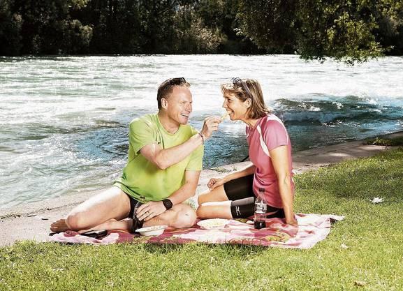 Manager in Badehosen: Andreas Meyer mit seiner Ehefrau Marie-Theres beim «Blick»-Fotoshooting. Ein Fehler, sagt er heute.