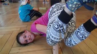 Geschafft: Tänzerische Bewegungen mit schnellen Dehnungen auf verschiedenen Körperteilen gehören zum Hip Hop-Stil. (zVg)