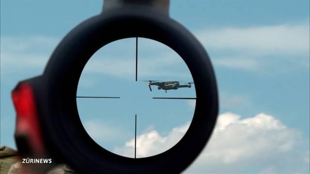 Rechtsexperten gebe Drohnen zum Abschuss frei