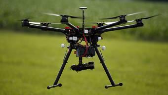 Wird in Zukunft die Polizei Drohnen einsetzen? (Archivbild)