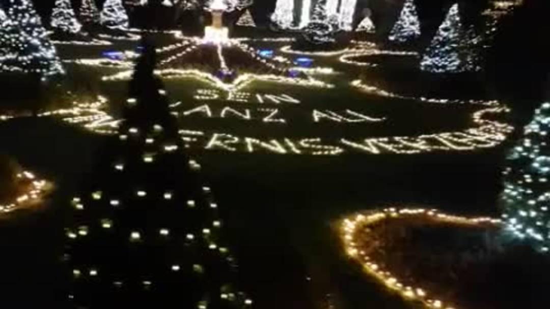Dieser weihnachtlich beleuchtete Garten in Koblenz sucht Seinesgleichen
