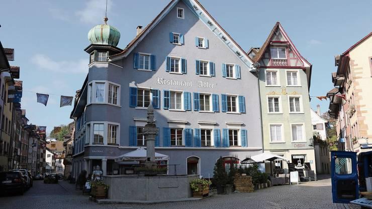 Die schmucke Liegenschaft Adler in Laufenburg kann für 2,5 Mio. Franken saniert werden.