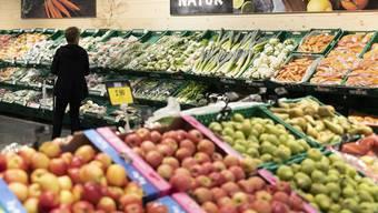 Lebensmittel, die nicht mehr verkauf- aber noch essbar sind, müssen in Tschechien neu gespendet werden, so will es das Gesetz.