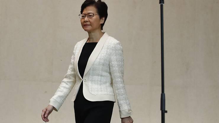 Dem Druck auf der Strasse nachgegeben: Hongkongs Regierungschefin Carrie Lam.