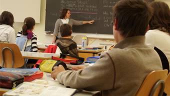 Schulleitung und Oberstufen-Lehrer in Gipf-Oberfrick teilen ihre Meinung nicht. (Symbolbild)