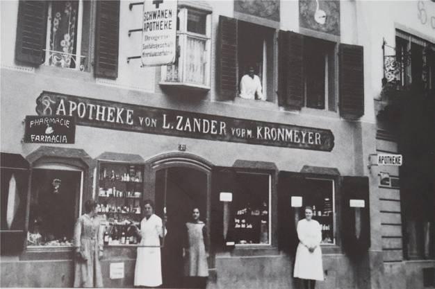 Die Apotheke Zander, vormals Kronmeyer, um 1924.