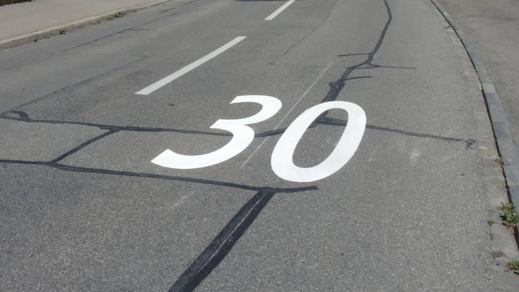 Die Lommiswiler wollen in ihrem Dorf kein Tempo 30 einrichten.
