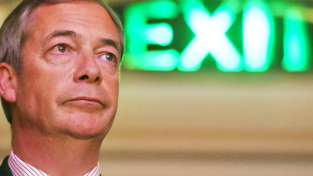 ARCHIV - Nigel Farage, Vorsitzender der Brexit-Partei, bei einer «Leave Means Leave»-Kundgebung in der Central Hall. Foto: Kirsty O'connor/PA Wire/dpa