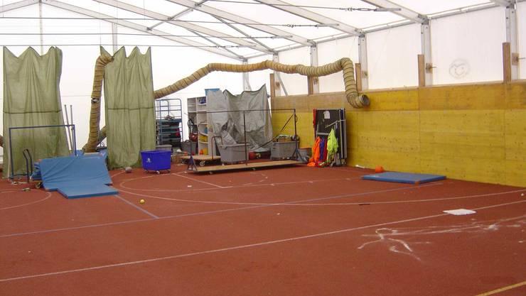 Die Sachbeschädigung im Turnhallen-Provisorium belaufen sich auf rund 17 000 Franken.