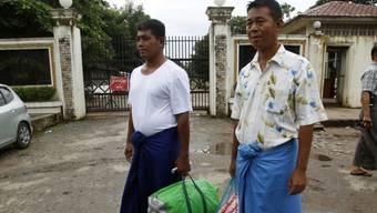 Politische Gefangene werden aus ihrer Haft entlassen