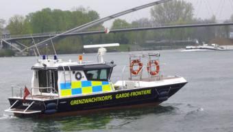 Das Einsatzboot «Basilisk» der Grenzwachtregion I / Basel steht nach einer mehrmonatigen Generalüberholung wieder auf dem Rhein im Einsatz.