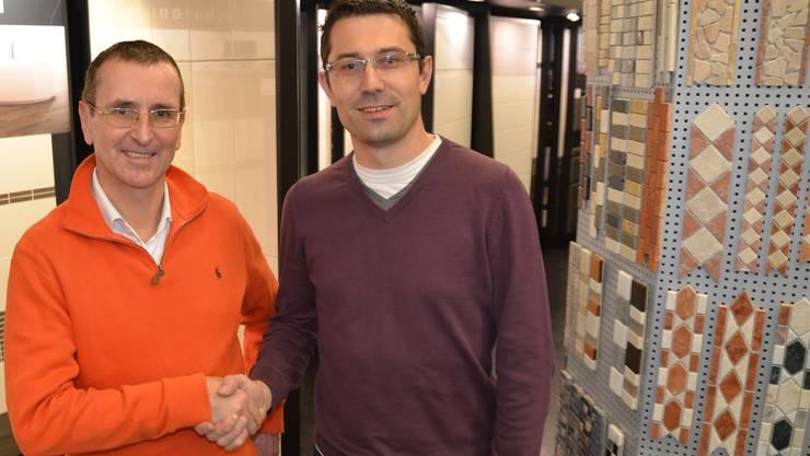 Thomas von Arx (links) hat Mark Lang die AB Keramik AG verkauft.
