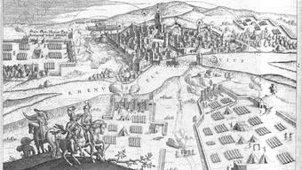 Der Kupferstich zeigt die Belagerung der Stadt Rheinfelden durch schwedische Truppen im Jahr 1634.