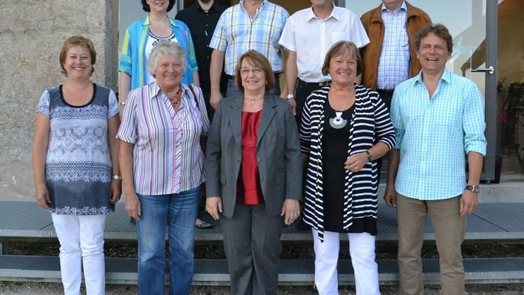 hinten von links: Corinne Saner, Sämi Bünder, Hubert  Sulzer,Thomas Schenker und Herbert Frei sowie (vorne, von links):  Marianne Peier, Susanne Segna, Judith Engel, Ursula Rudolf und Beat  Probst. Es fehlt Ivo Haueter.