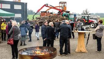 In Auw wird Holz, das sonst zu einem ansehnlichen Teil im Wald verrotten würde, zum Heizen genützt. Toni Widmer