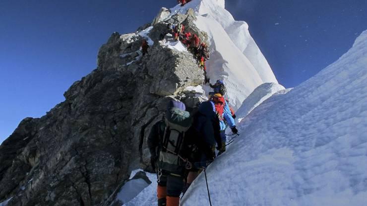 Hier sollen Leitern installiert werden, damit die Bergsteiger zügiger vorankommen