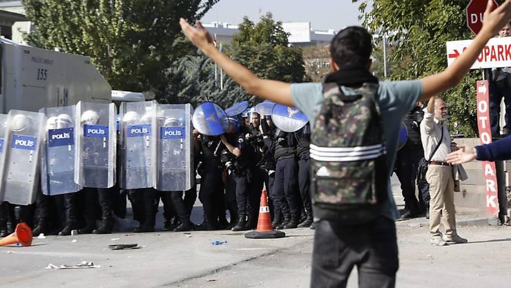 Seit dem Militärputsch kam es in der Türkei zu massenhaften Festnahmen - und laut Menschenrechtlern auch zu Folter. (Archiv)