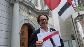 Mit seiner Kandidatur wirbelt Erich Staub in den Parteien viel Staub auf.