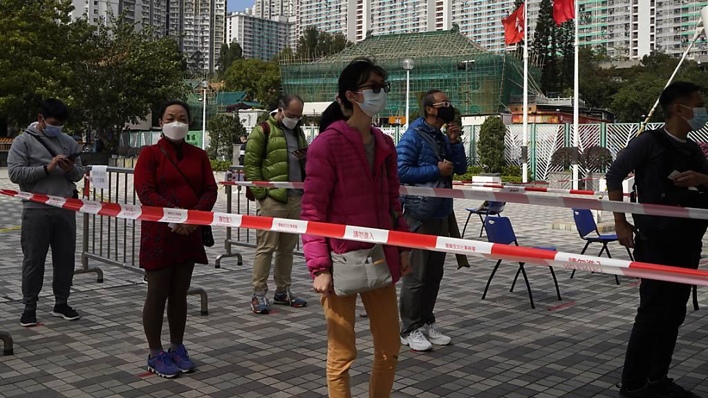 Wieder mehr Corona-Fälle in Hongkong – vierte Welle