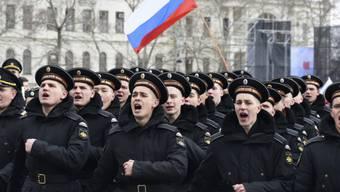 Soldaten der russischen Schwarzmeerflotte in Sewastopol (Archiv)