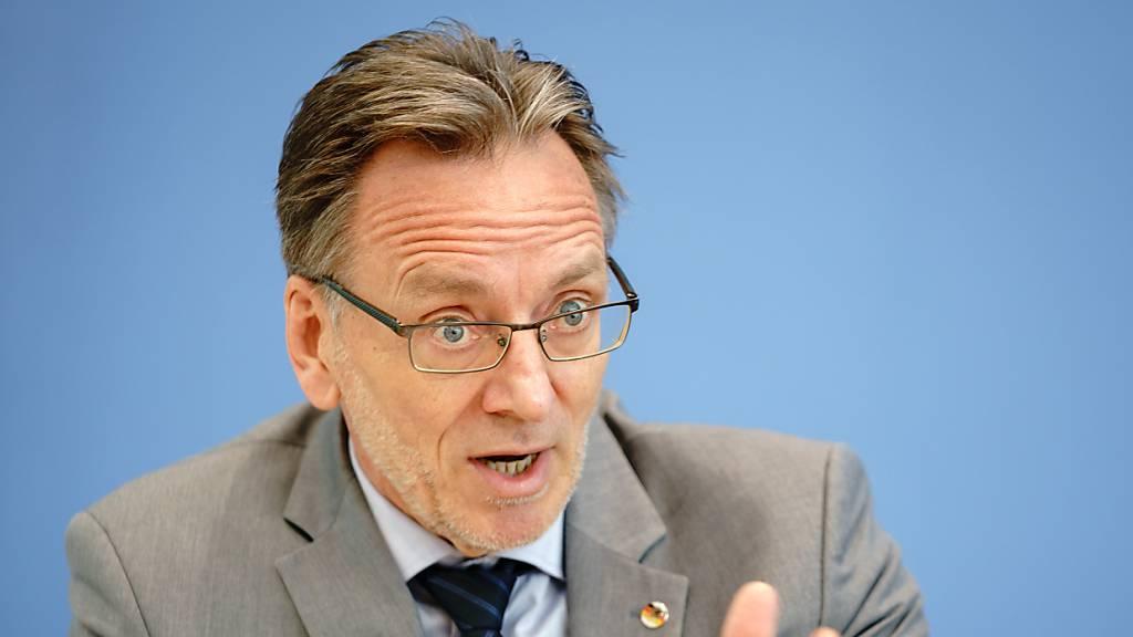Anstieg bei politisch motivierter Gewalt in Deutschland