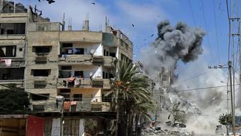 Bombeneinschlag im Westen von Gaza-Stadt