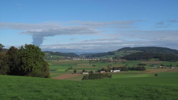 Visualisierungen des geplanten Windparks auf dem Stierenberg.