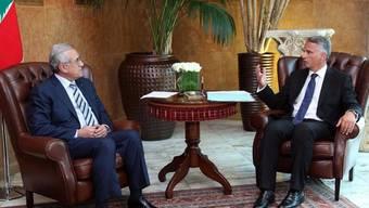 Bundesrat Didier Burkhalter bespricht sich mit dem libanesischen Präsidenten Michel Suleiman