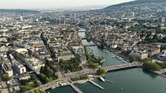 Blick auf die Stadt Zürich. (Luftaufnahme aus dem Jahr 2012)