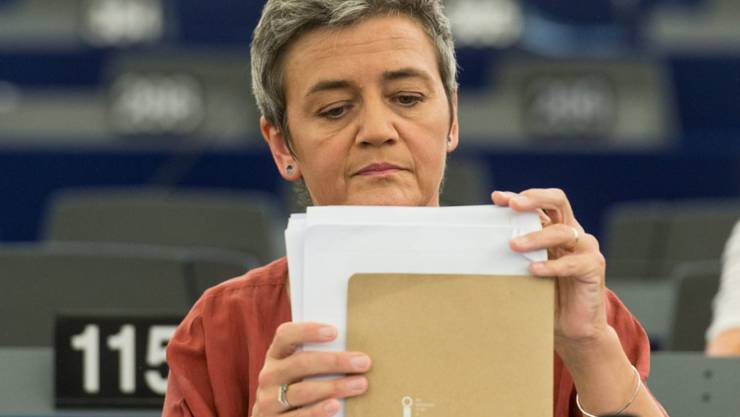 EU-Wettbewerbskommissarin Margrethe Vestager verkündigt eine Steuerrückforderung von Apple. Nun passen auch die USA ihre Steuerpolitik an.