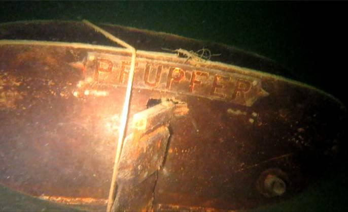 Das lädierte Schiffswrack auf dem Seegrund.